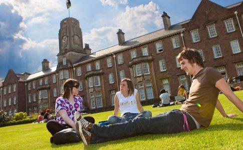Yurtdışında Üniversite