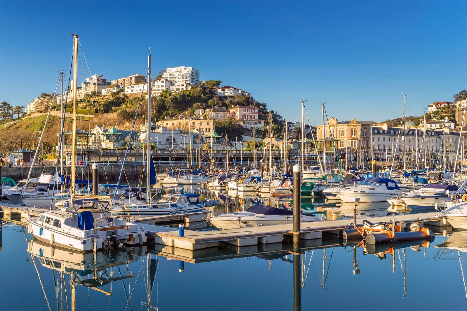 10 Best Things to Do in Torquay - What is Torquay Most Famous For?
