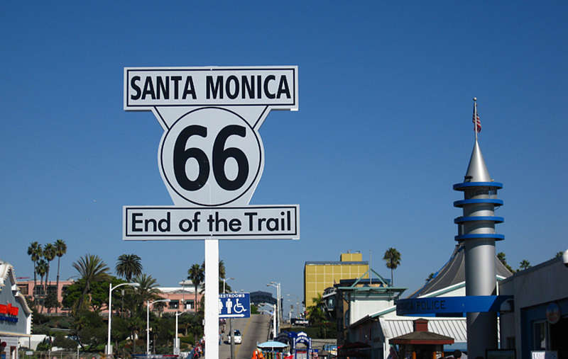 C:\Users\Hp\Desktop\la-santa-monica-pier2-route66-angela-700x444-ff2e671c.jpg