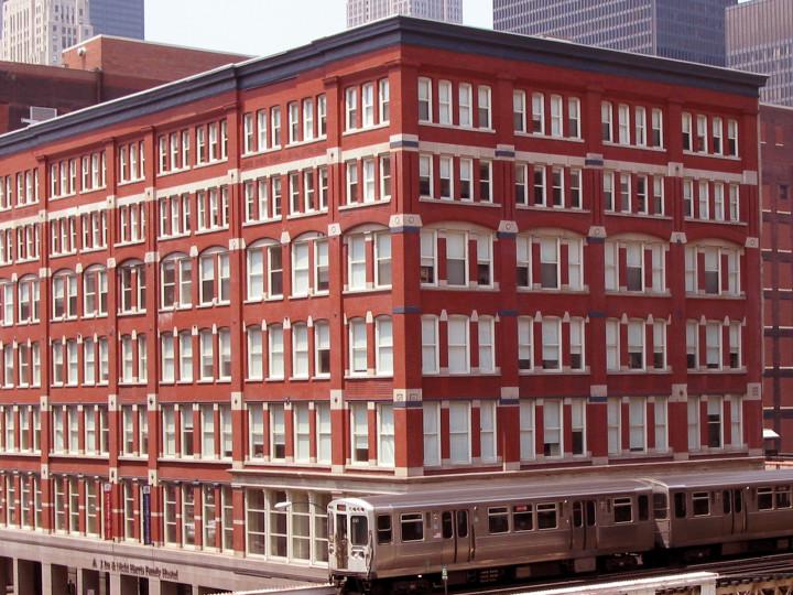 C:\Users\Lenovo\Desktop\STAFFORD HOUSE\img32359-Exterior-of-HI-Chicago-Hostel-building.jpg