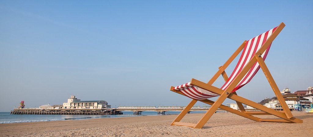 http://westbourneacademy.com/wp-content/uploads/2017/09/Bmth-beach-deck-chair-1024x450.jpg