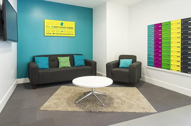 http://www.regent.org.uk/downloads/Images/Accommodation/RE-img25.jpg