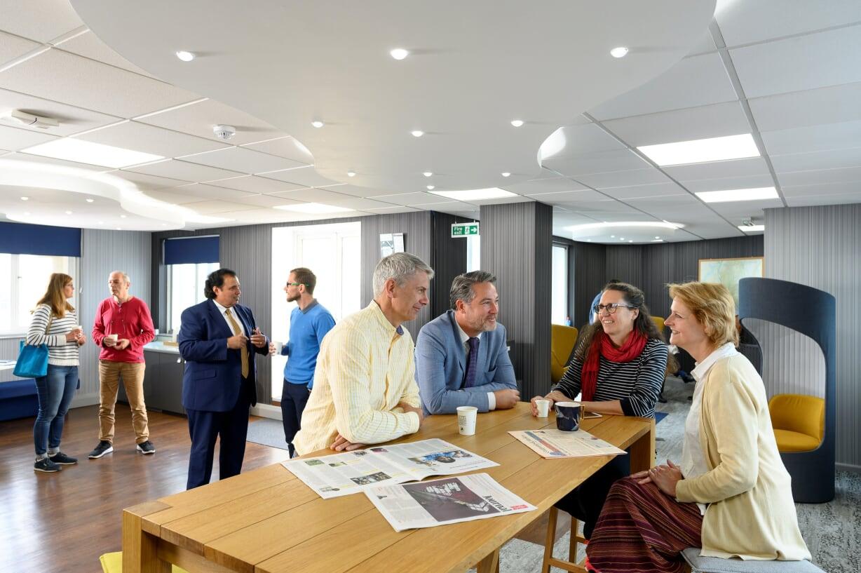 https://www.lsi-portsmouth.co.uk/wp-content/uploads/2019/09/Executive-lounge-1.jpg