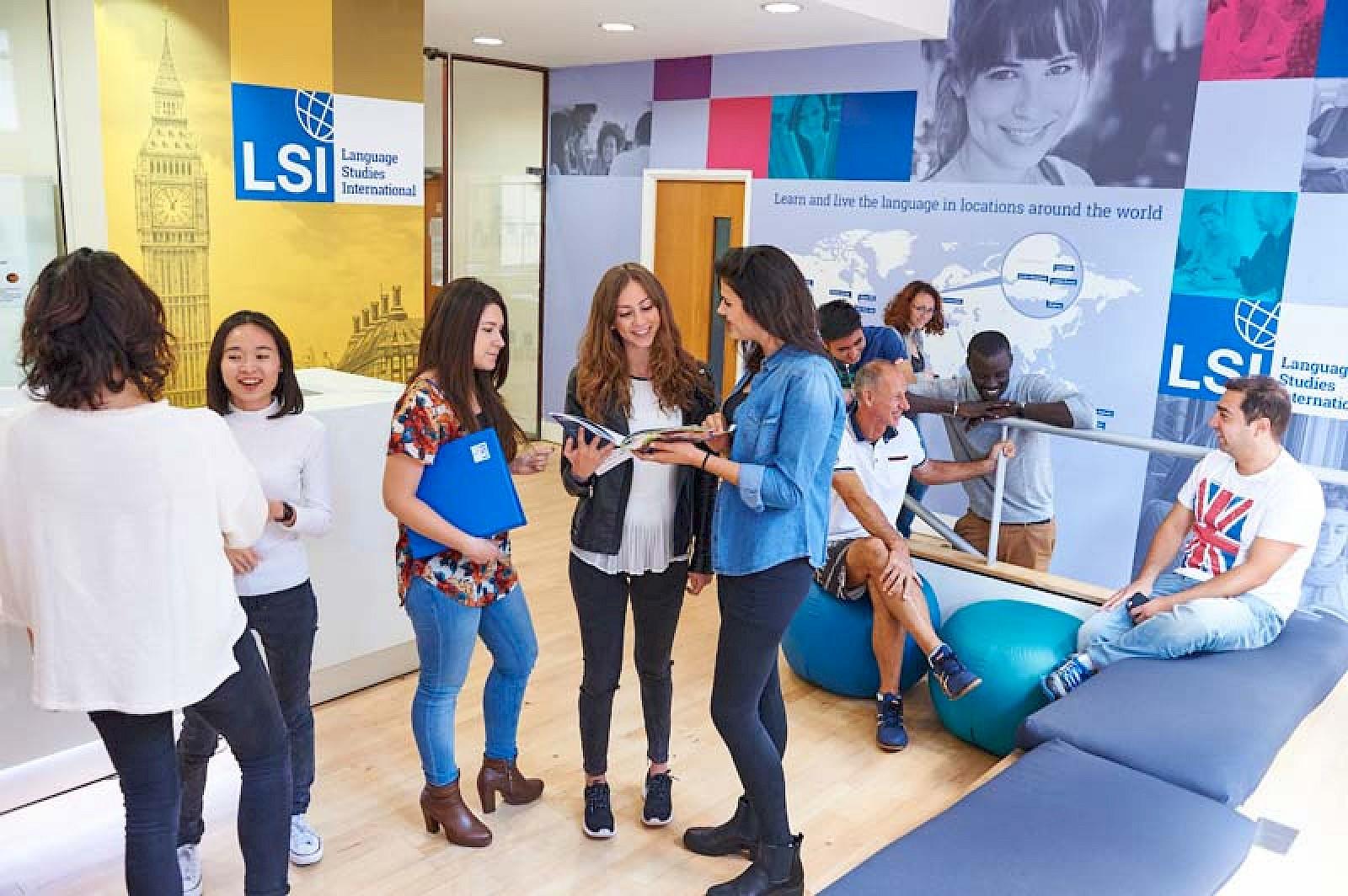İngiltere Macerası başlıyor! LSI Dil Okulunda %25 indirim sizleri ...