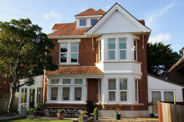 İngiltere Yaz Okulu | Regent Scanbrit in Bournemouth - Soho UK ...