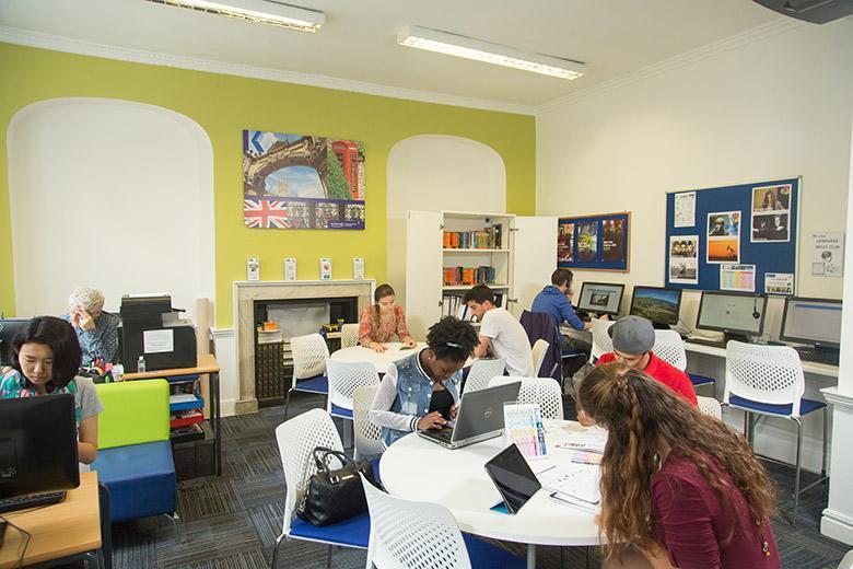Kaplan English School in Bath image 13