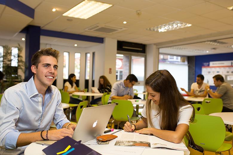 Kaplan English School in Bournemouth image 21