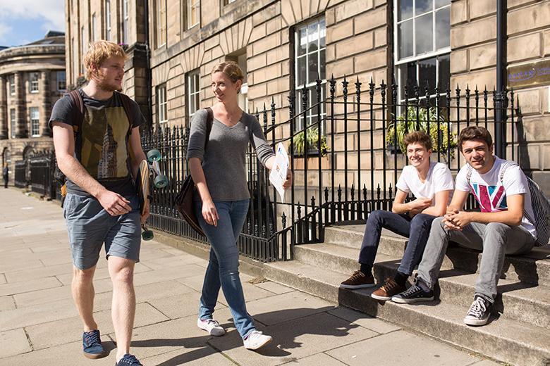 Kaplan English School in Edinburgh image 3