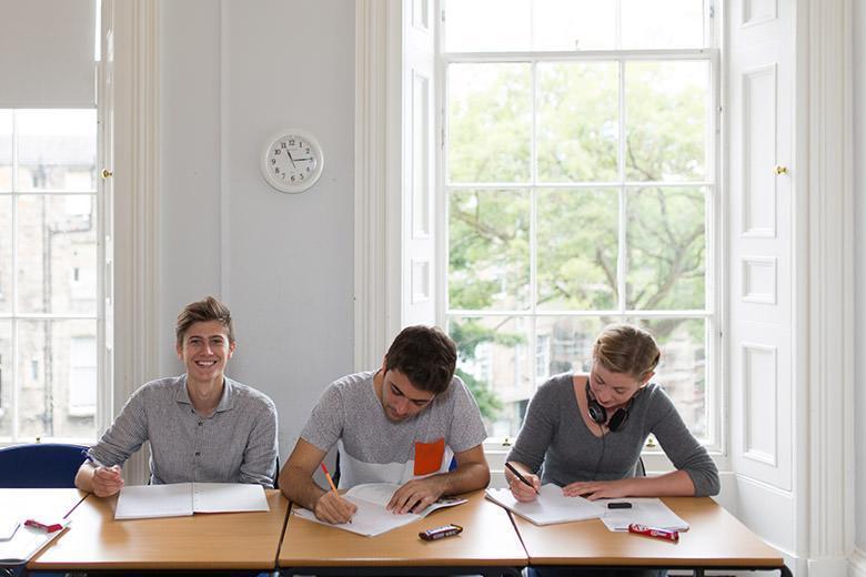 Kaplan English School in Edinburgh image 7