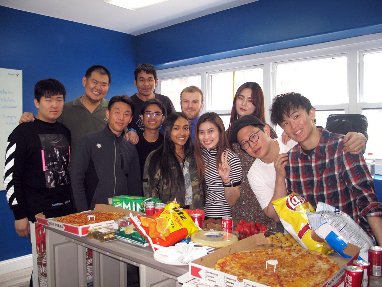 Zoni Galerisi - öğrencilerin fotoğrafları ve daha fazlası!