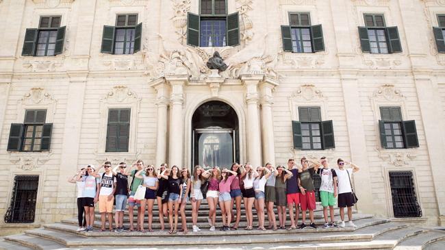 BELS Junior - BELS Malta Yaz Okulu | United Towers Yurtdışı Eğitim
