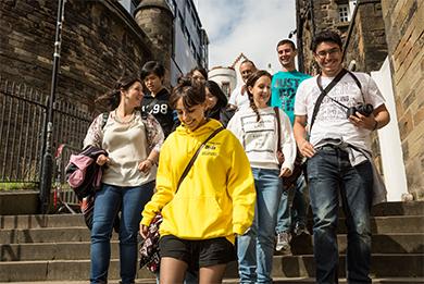 CES Edinburgh Dil Okulları | İskoçya da İngilizce Eğitimi